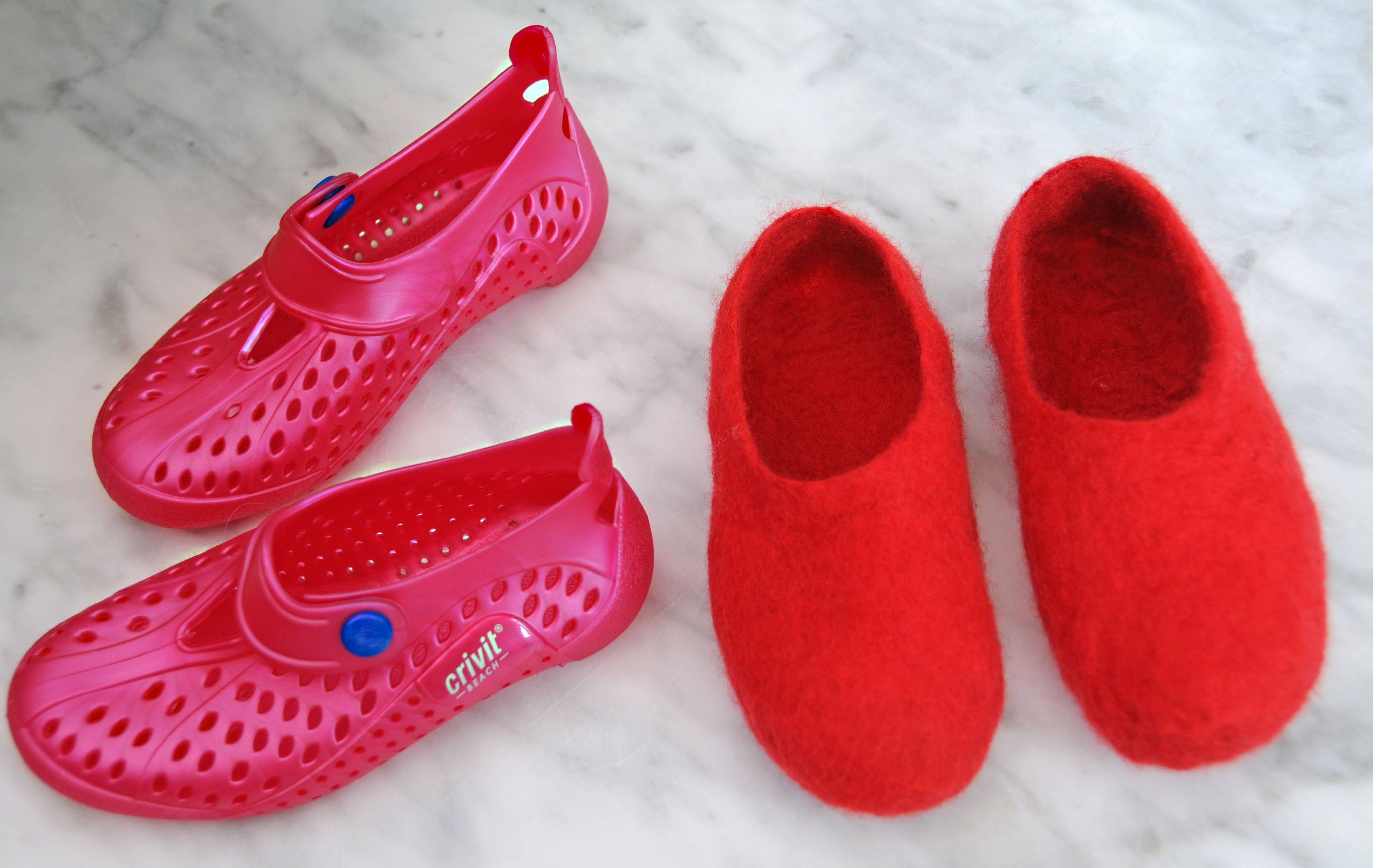 Original felted slippers - crafts and homemade articles with their own hands