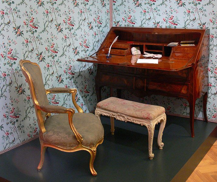 An Antique Chair And Writing Desk From The Reiss Engelhorn Museum In Mannheim Germany Furniture Design Home Decor Shabby Chic Furniture