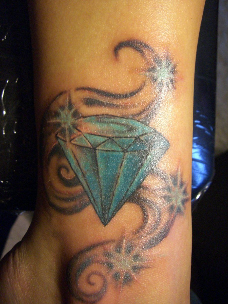 Traditional Diamond Tattoo Tattoos Pinterest Tatouages Et