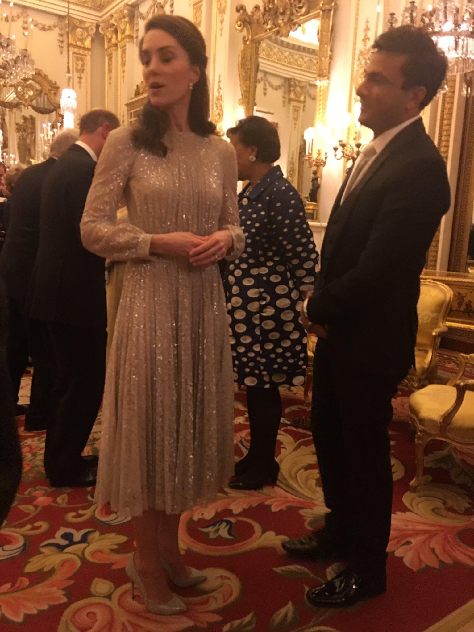 Pin De Jacki Frank Em Duchess Catherine Of Cambridge Realeza Nobreza Historia De Amor