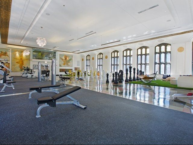 State Of The Art Fitness Center And Common Area For Residents In Downtown Chicago Apartment Community Randolph City Apartment Tower City Apartment Communities