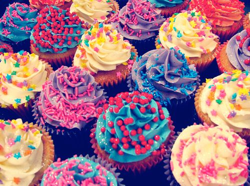 I wouldn't dare eat them... they are too cute!