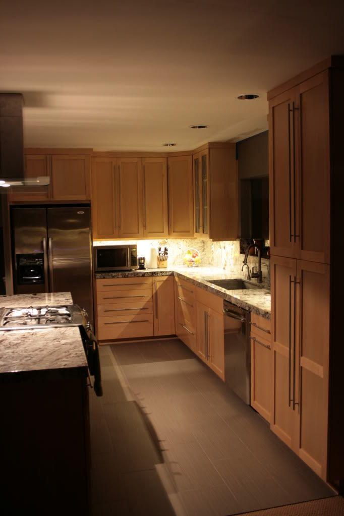 Help me pick a granite Natural maple cabinets/dark floors ...
