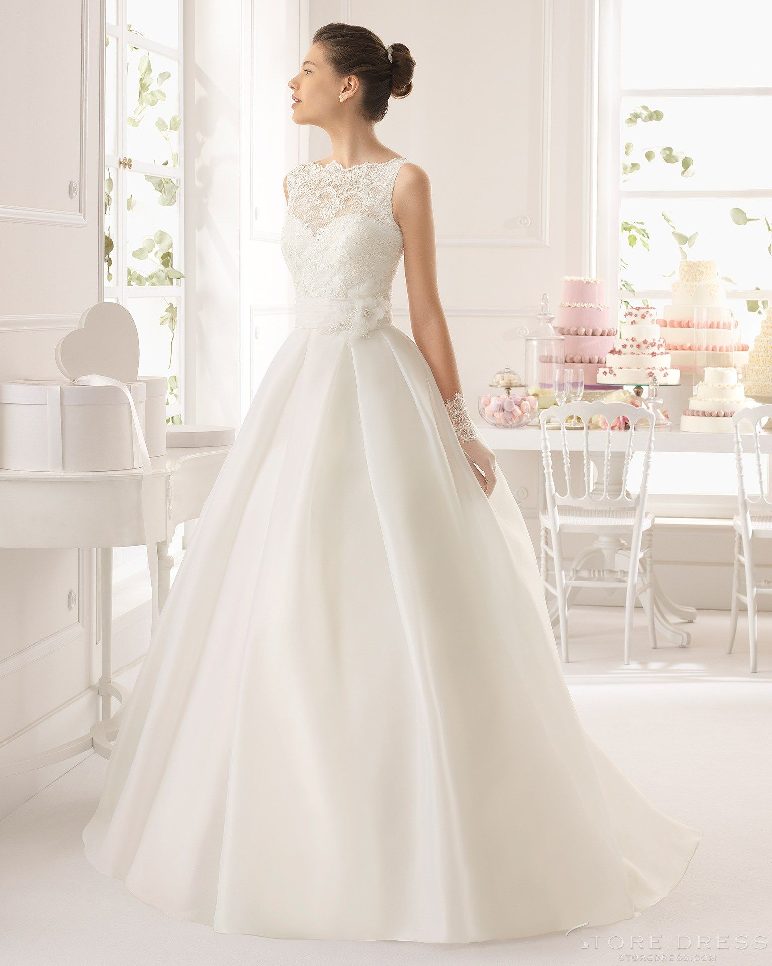 Unique Ball Gown Bateau Neckline Floor-length Flowers Lace 2015 Wedding Dress