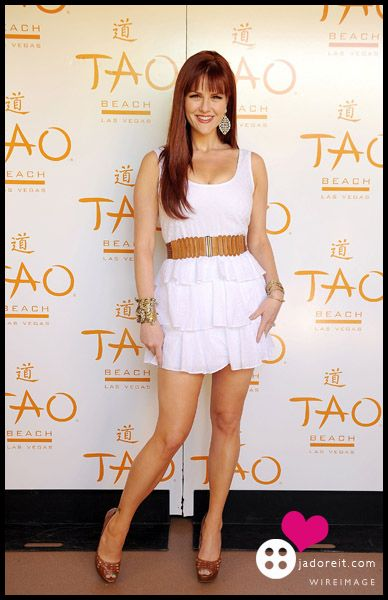 Sara Rue - She's beautiful, talented, funny. Love her in ...