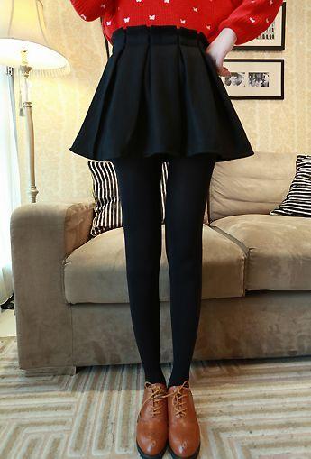 Cute Black Pleated Skater Skirt