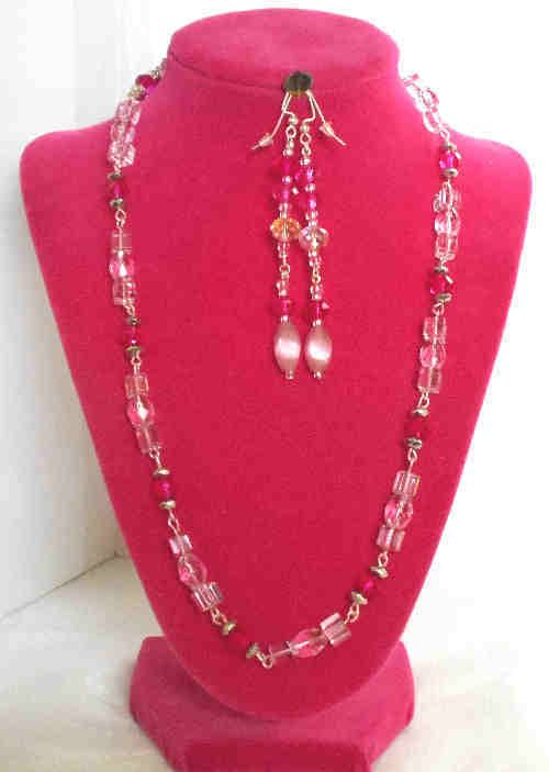 GORGEOUS PINK AND FUSHIA COLORED GLASS NECKLACE AND EARRINGS MATCHING SET, #Handmade