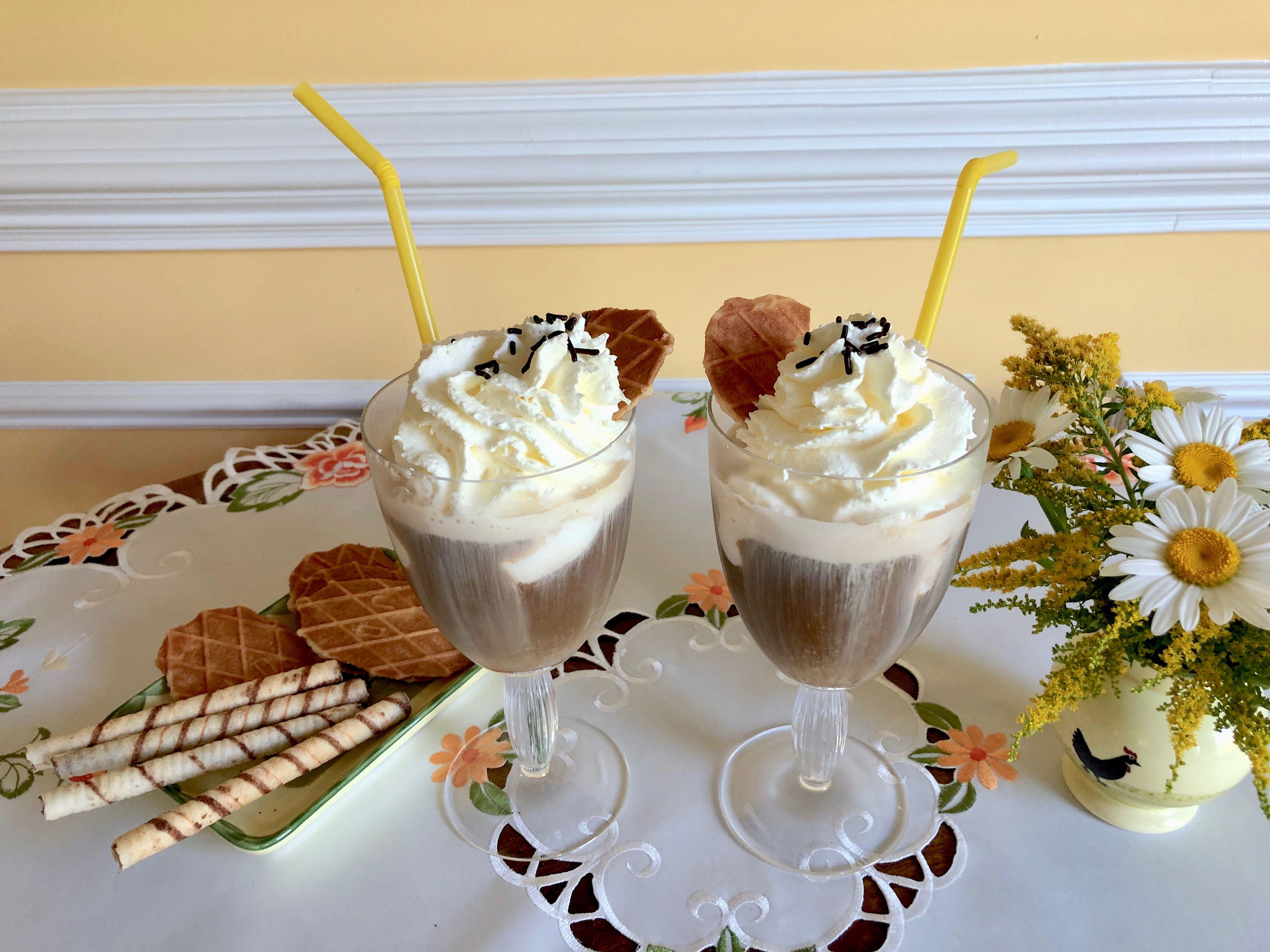 German Iced Coffee in 2020 Vanilla ice cream, Vanilla
