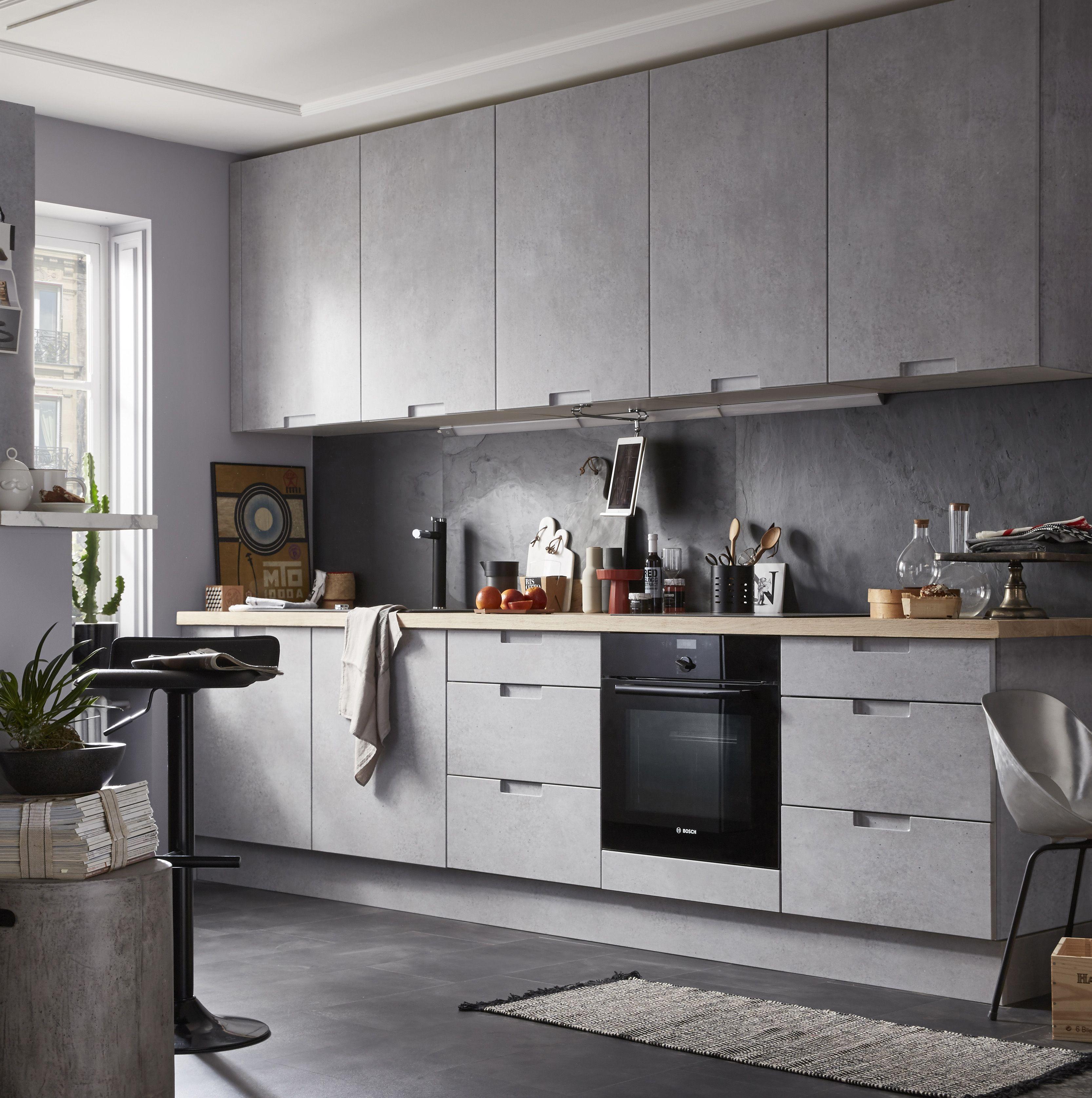 Cuisine moderne effet beton gris equip e mod le delinia for Cuisine equipee ouverte