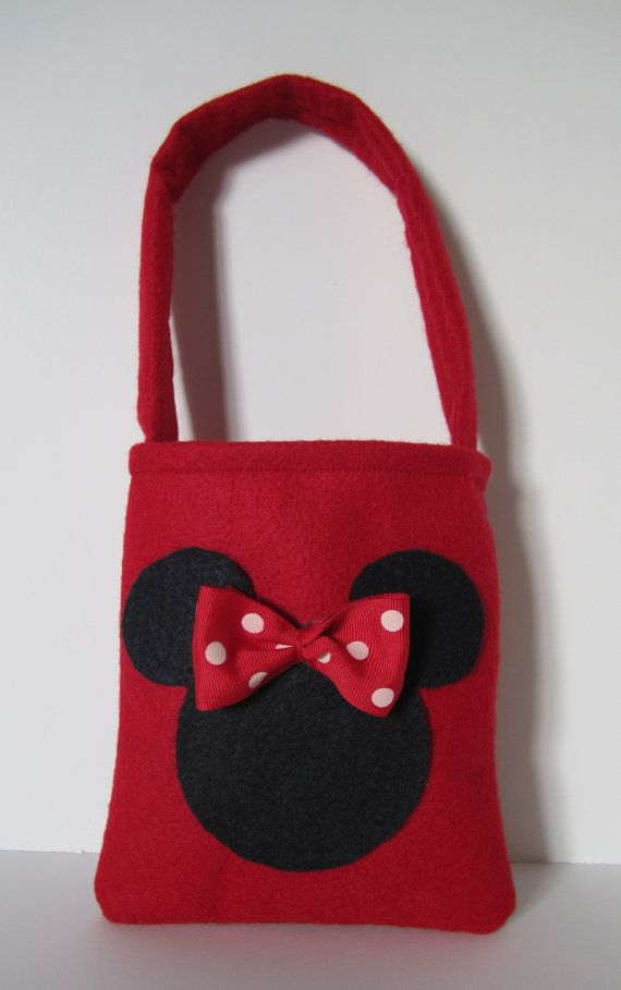 Minnie Mouse Favor Bags set of 4 by SilviaNellysCreation on Etsy, $15.00