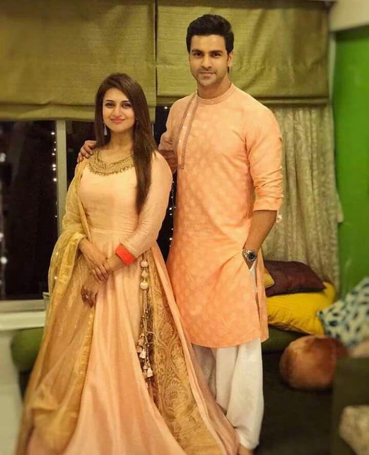 indian wedding photography design%0A Beautiful Couple  Beautiful Gorgeous  Indian Wedding Photography  Indian  Weddings  Krishna  Lehenga  Bugs  Ethnic