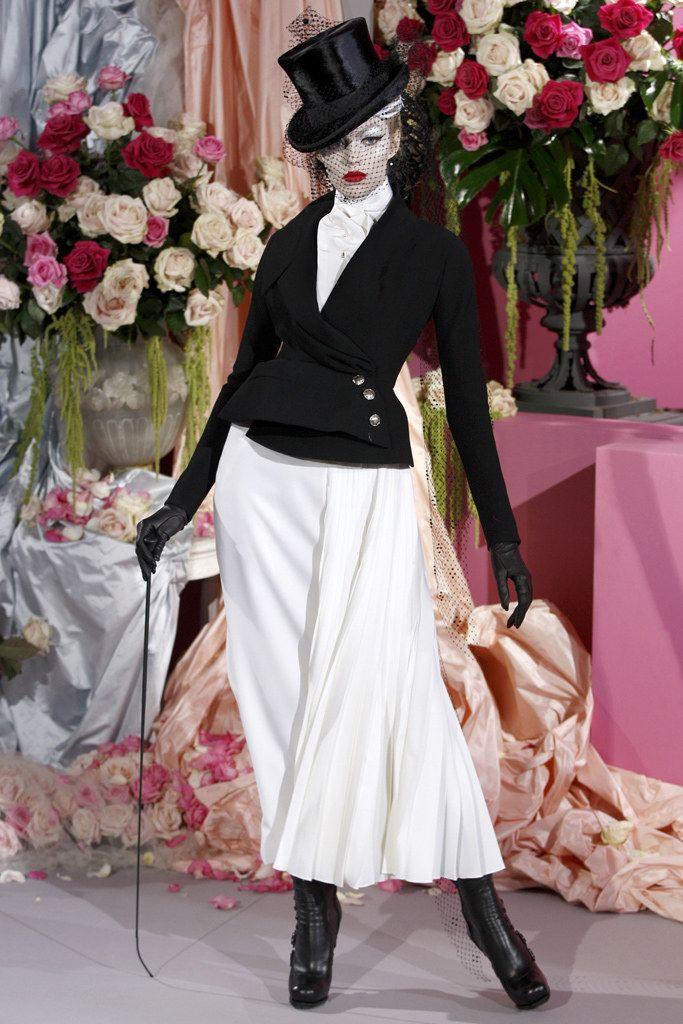 Christian Dior Spring 2010 Couture Fashion Show - Karlie Kloss (IMG)