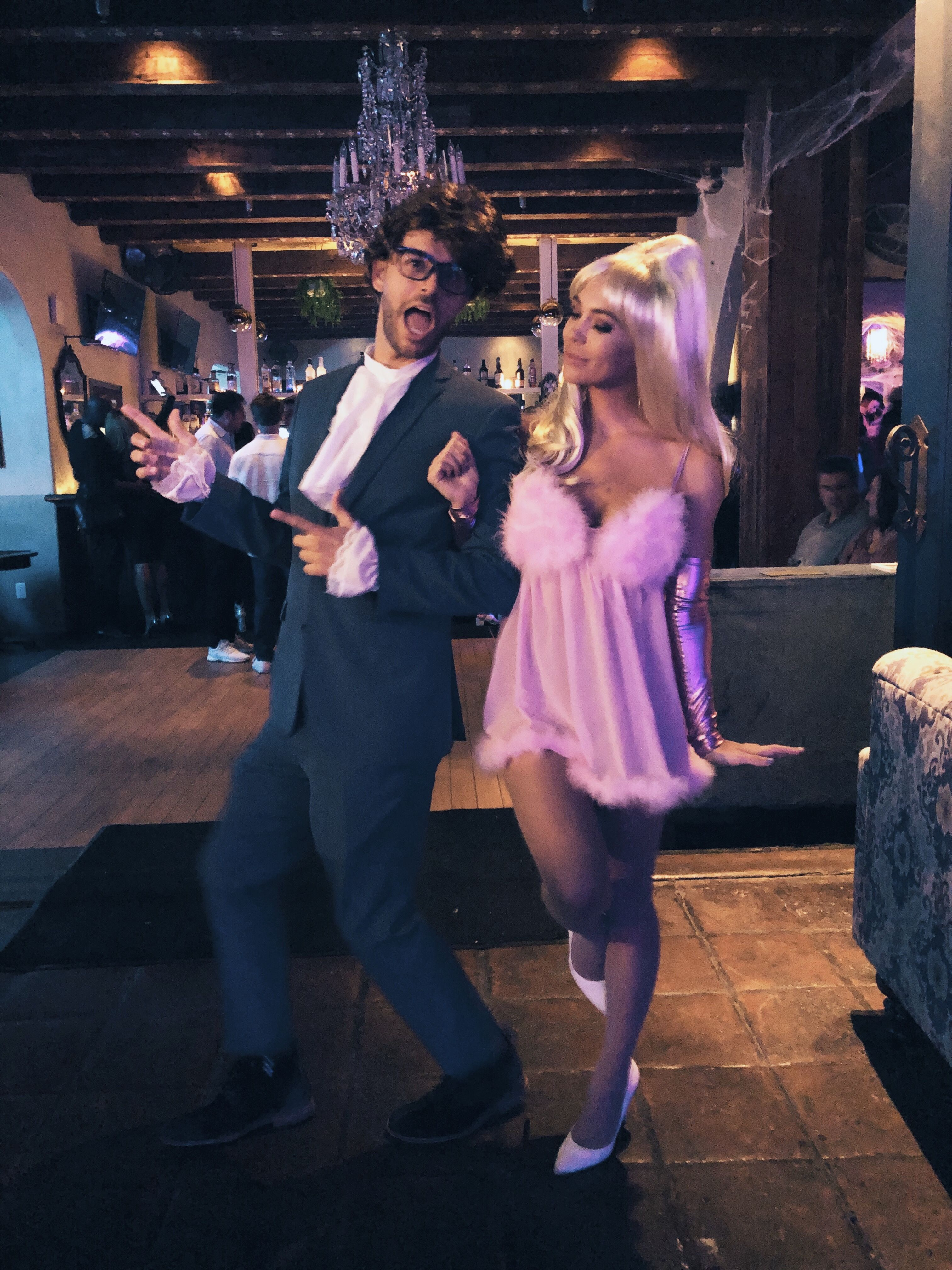 Austin Halloween 2020 Austin Powers costume & fembot costume // Halloween couples