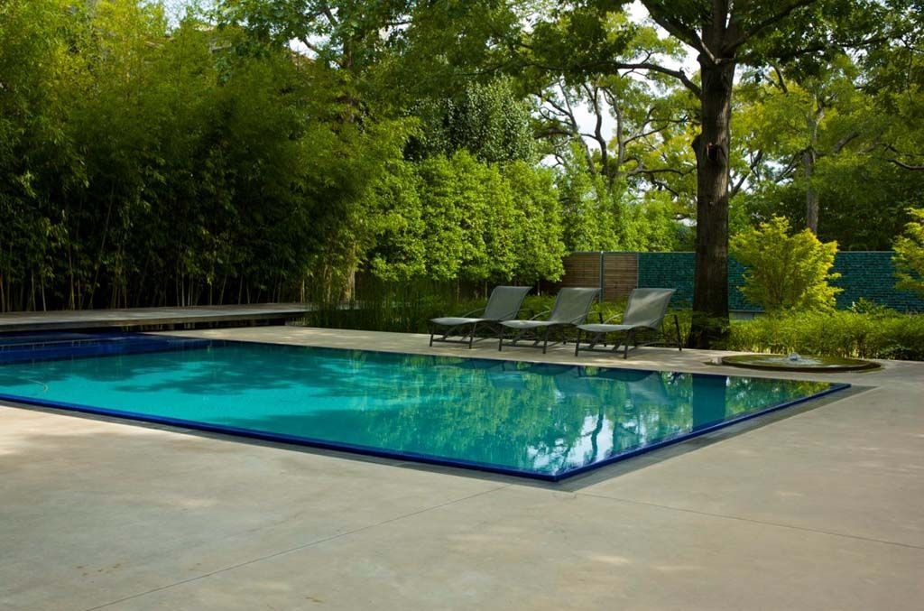 Pool Water Flush With Patio Modern Swimming Pool Outside Garden
