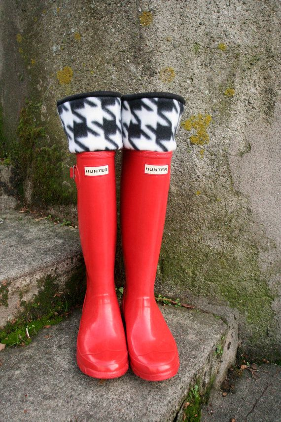 6c7023e533588 Boot Socks SLUGS Fleece Rain Boot Liners Black with Houndstooth Cuff ...