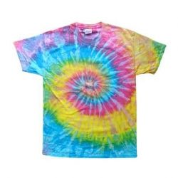 Tie dying shirts with fabric spray paint is a very simple process that takes less than a minute to complete, and is so easy that kids can do it...