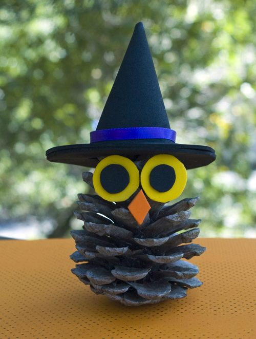 Witchy Pinecone Owl Halloween! Pinterest Pinecone owls, Hat - how to make homemade halloween decorations for kids