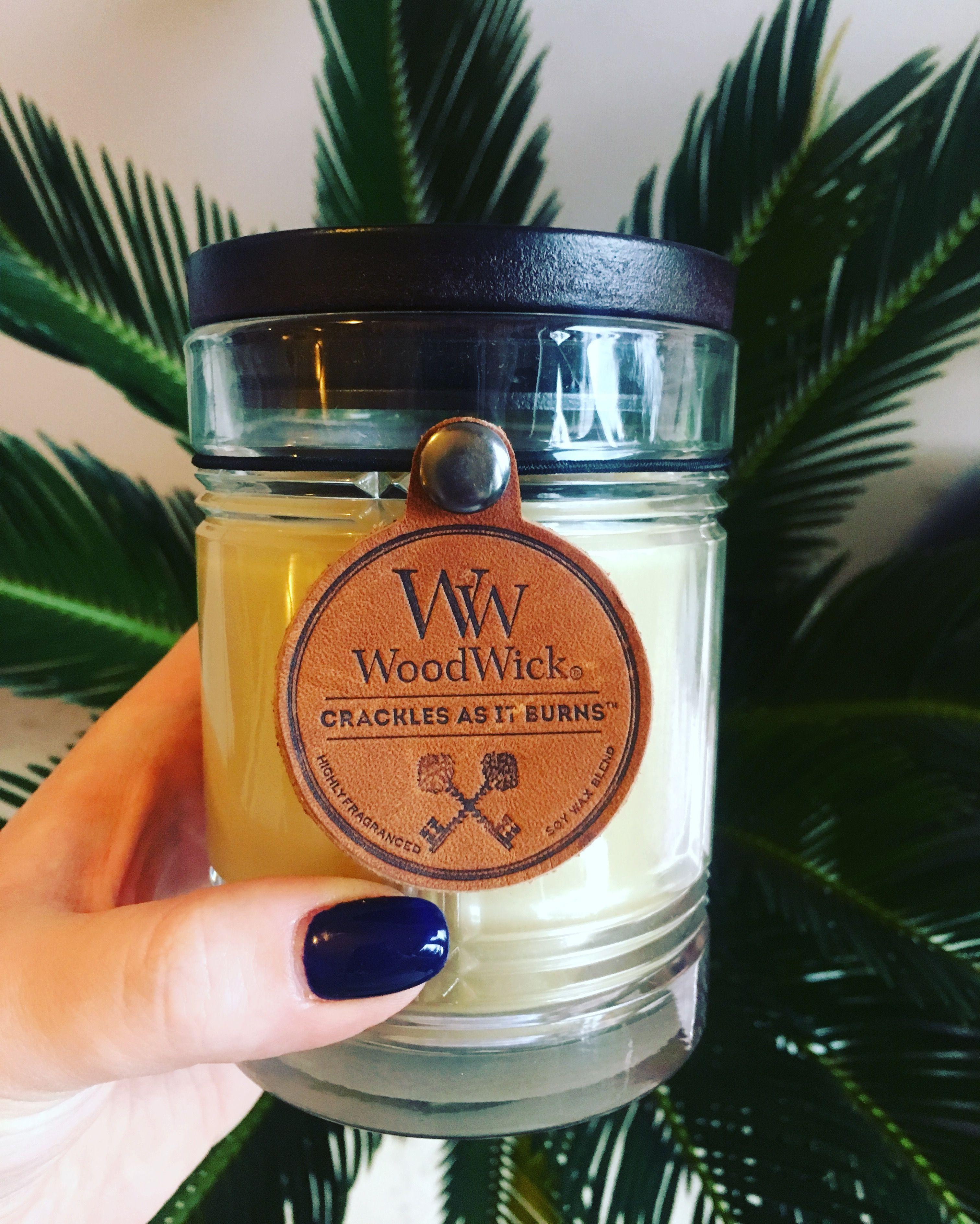 Piękna świeca Woodwick. Zapach, świece, wystrój wnętrz.