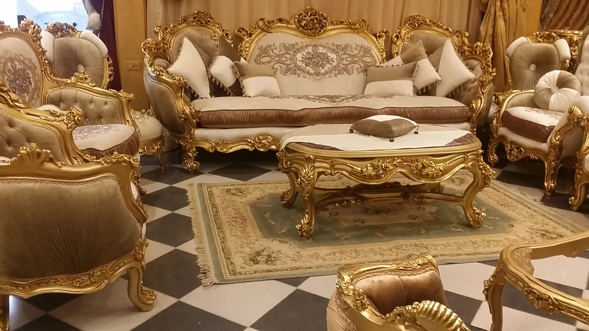 Mebel dan Furniture Jepara Elegant Soffa Gold sofa