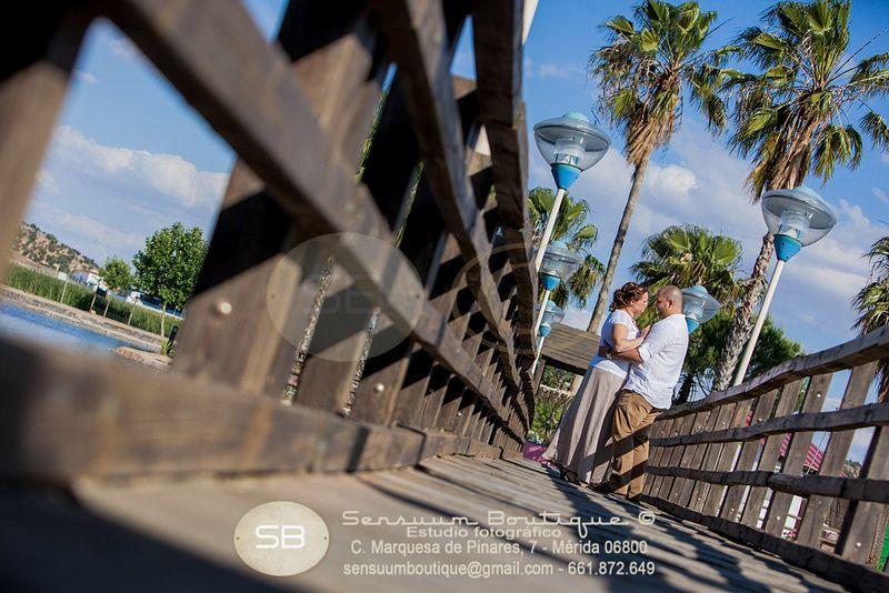 Sensuum Boutique © #prebodas #parejas #boda #LolayManuel #Merida #Caceres #Badajoz #momentoboda #extremadura #amor #love #boda #wedding #bodaExtremadura #meridafotografos #felicidad #sensuumfotografos #fotografosdemerida #bodamerida #novio #novia #beso #kiss #Lola #Manuel #bodaschic #bodaoriginal #vintage #madera #mecaso #siquiero #tequiero #prontomecaso #caricia #sentimientos #ternura #noche #rustico #pasion #novios #despedida #losnovios  sensuumboutique@gmail.com tlf: 0+034.661.872.649