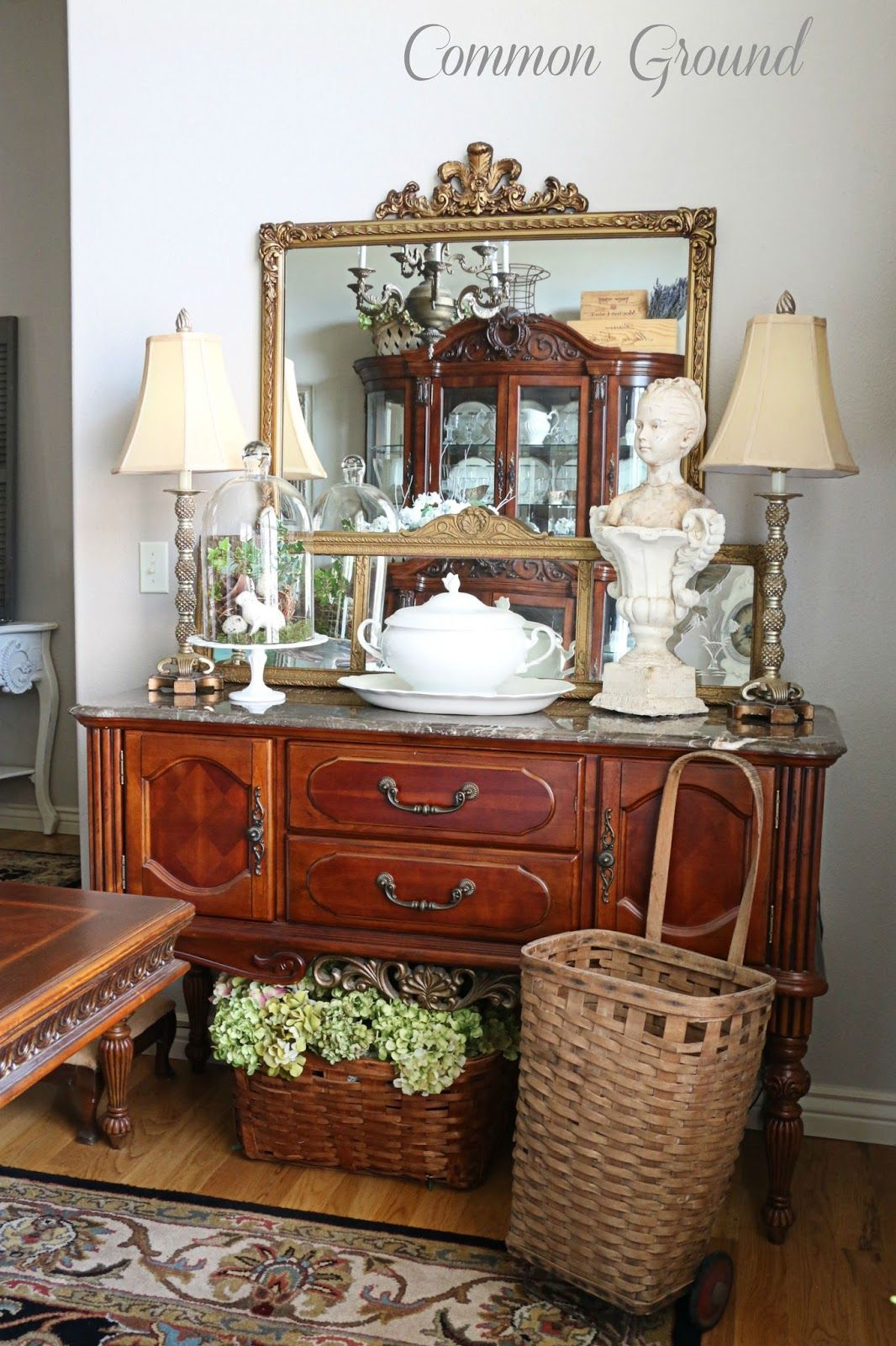 common ground : Dining Room Buffet and a new Tablerunner