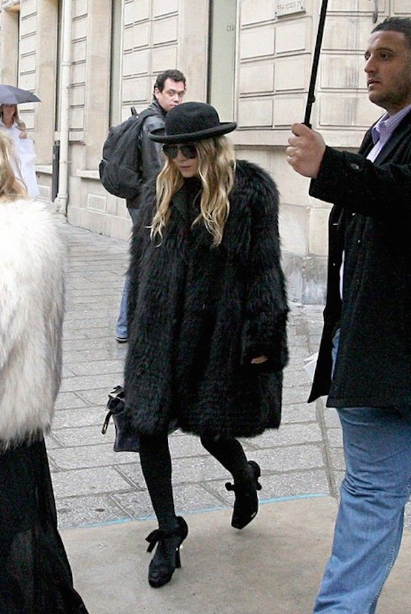Loving this oversized fur coat look on Mary-Kate Olsen. #style ...
