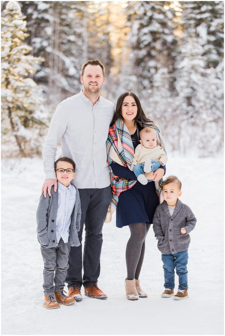family of 5, winter family photos #winterfamilyphotography