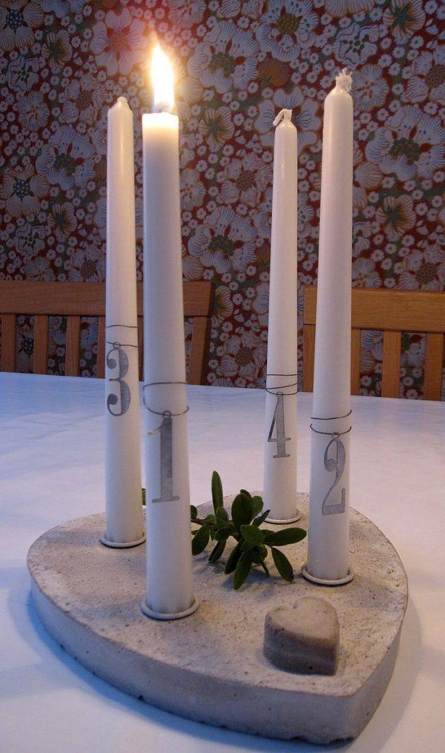 Adventskranz Beton Modern Betonplatte Herzform Kerzen Grun Ziffern