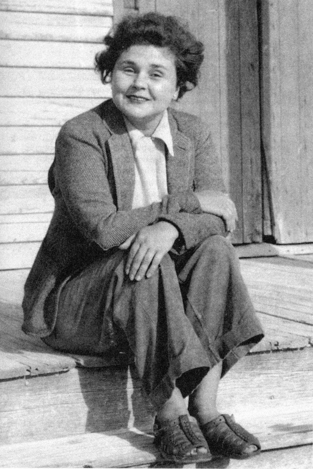 Elizabeth Bishop Poeta Americana Biografia Obra Publicada No