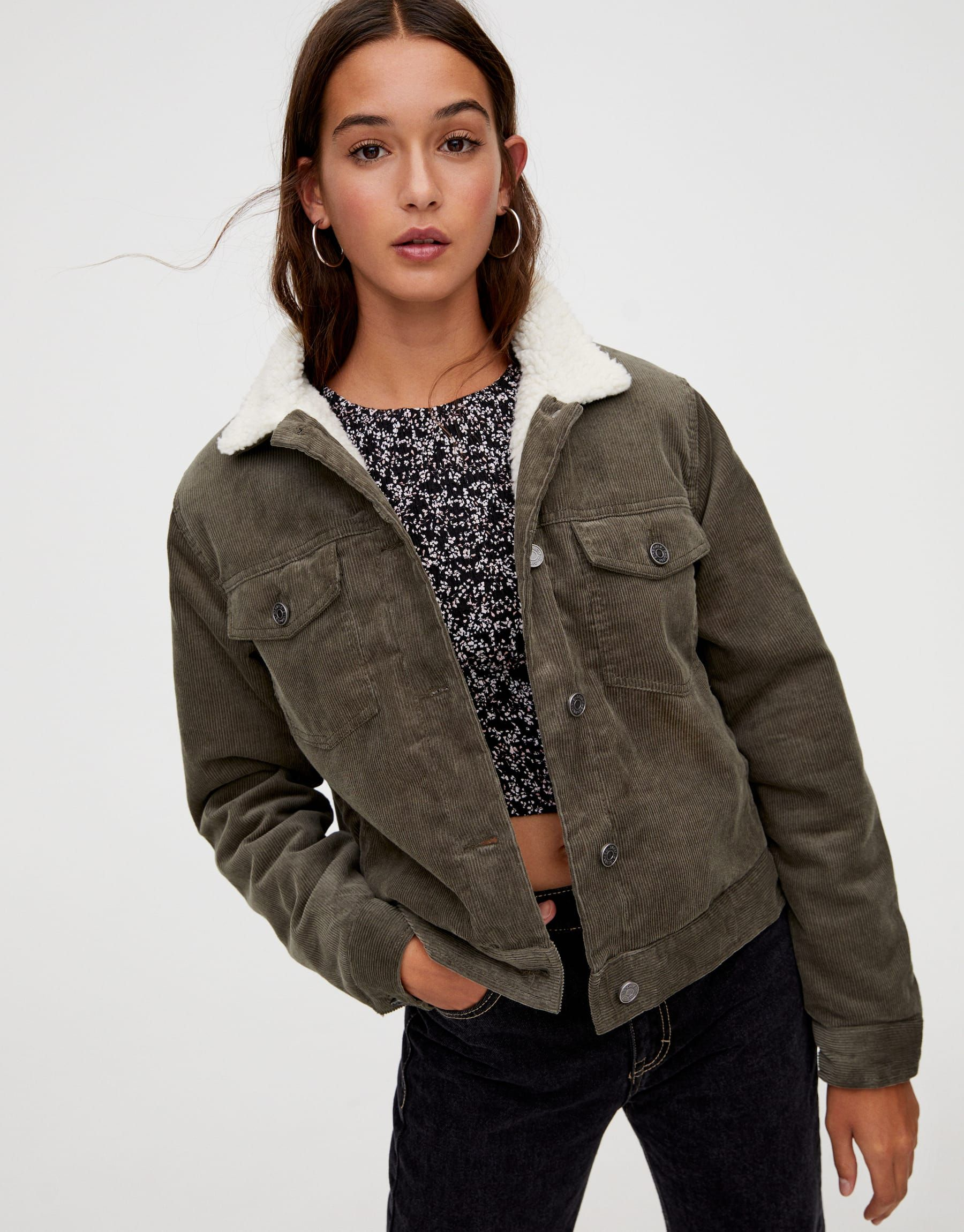 Short corduroy jacket with faux sheep wool pull&bear