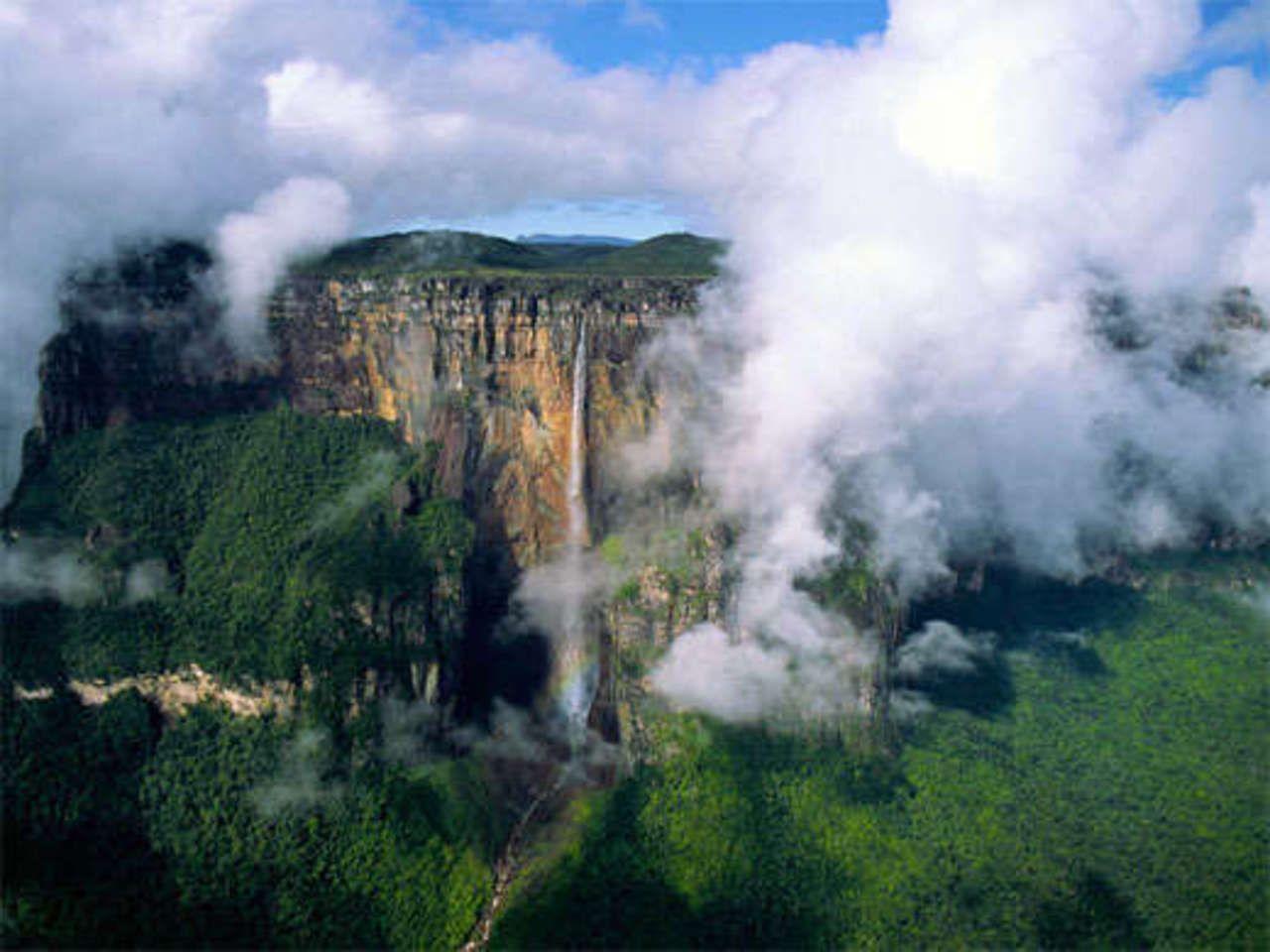 Sabrina is dreaming of climbing Mount Roraima. | Angel ...
