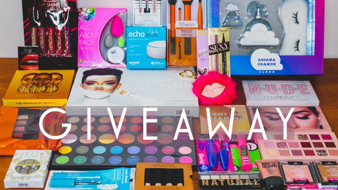 Huge Makeup Giveaway 2018 International Holiday Giveaway Open Makeup Giveaway Holiday Giveaways Giveaway