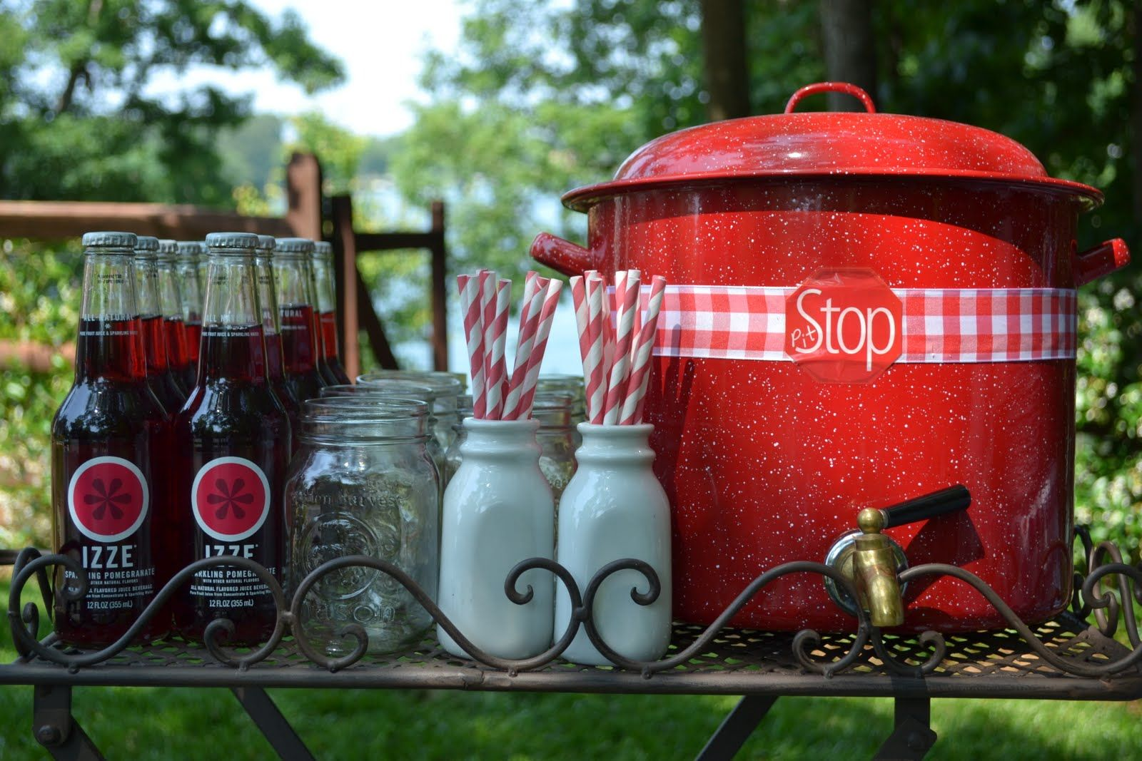 cute ideas for an outdoor party barn yard party theme