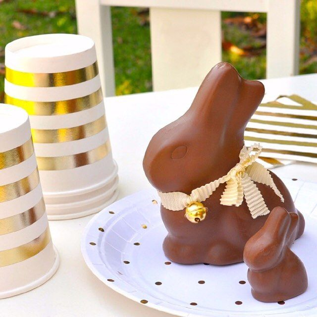 Bring a little sparkle to Easter this year with Gold. Partyware by Illume Partyware. http://illumepartyware.com.au/default/