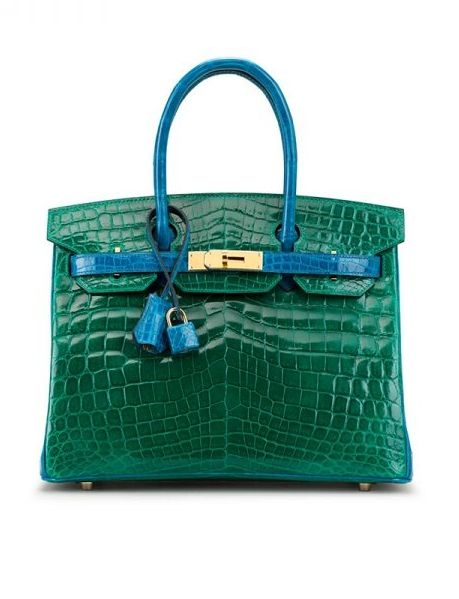b8a4c9e7cc2 This Hermès Crocodile Birkin Bag was sold at a Christie s auction for   95