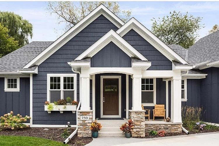 Need A Change This Is One Of Many Great Colors For An Amazing Exterior Facelift Benj Best Exterior House Paint House Paint Exterior Modern Farmhouse Exterior