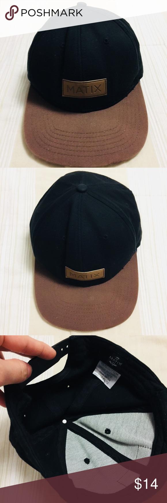 c7cc20304 Men's black/brown matix SnapBack hat. Used. Men's black/brown matix ...