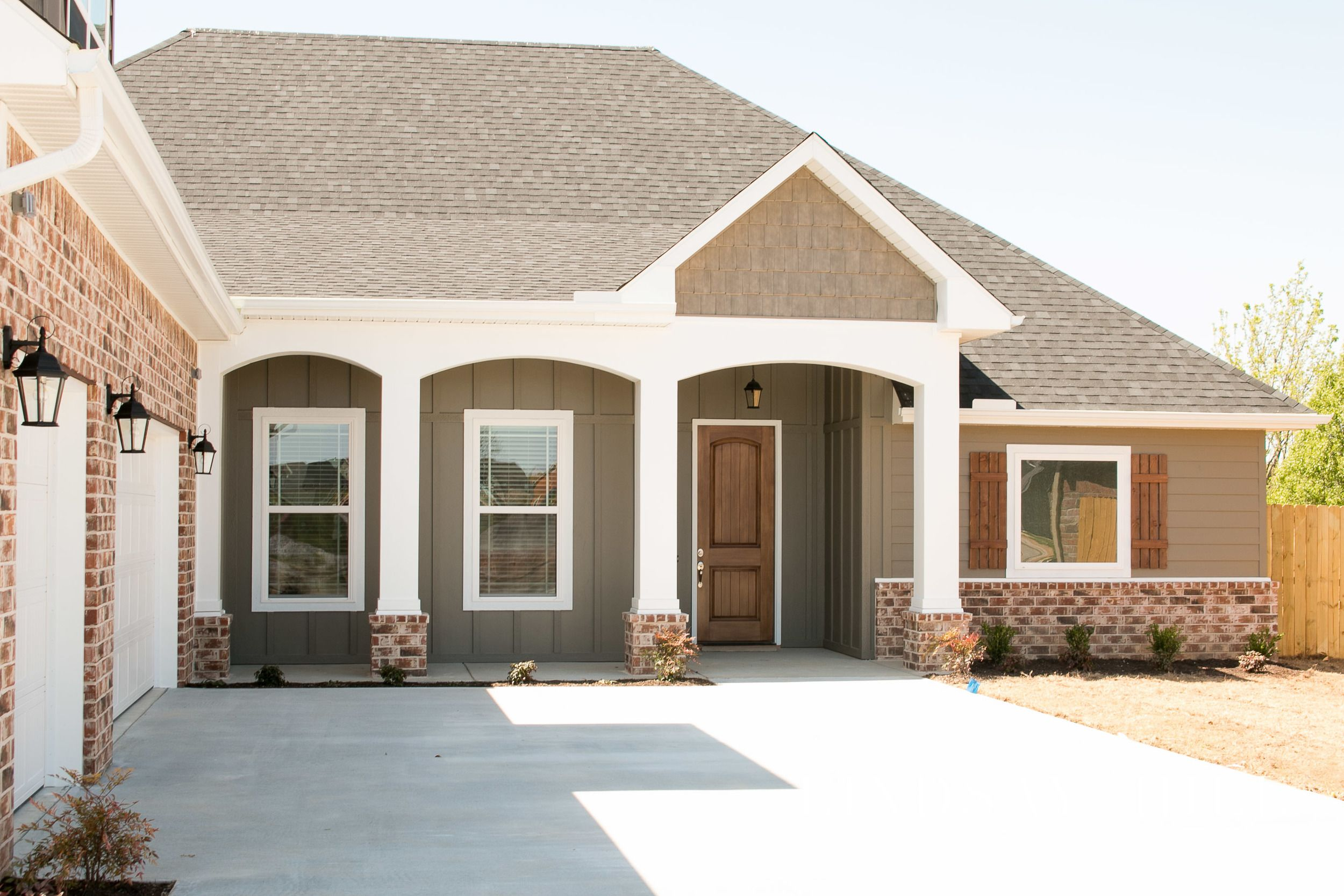 Personalizing A Builder S Tract Home Add Curb Appeal Hill Interiors Home House Styles