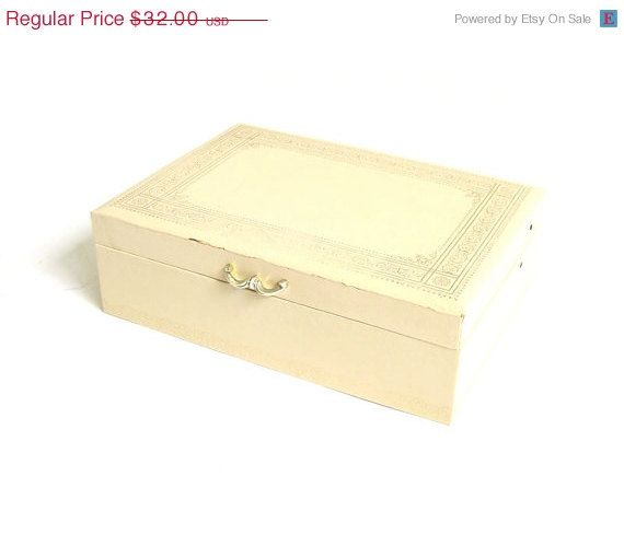 OFF Vintage Jewelry Box Large Jewelry Box Leather Jewelry Box White Jewelry Box Cream and Gold Rectangle Box Mele Jewelry Box Jewelry O  sc 1 st  Pinterest & Vintage 1960u0027s Pink Imitation Leather Jewelry Box by Mele from ... Aboutintivar.Com