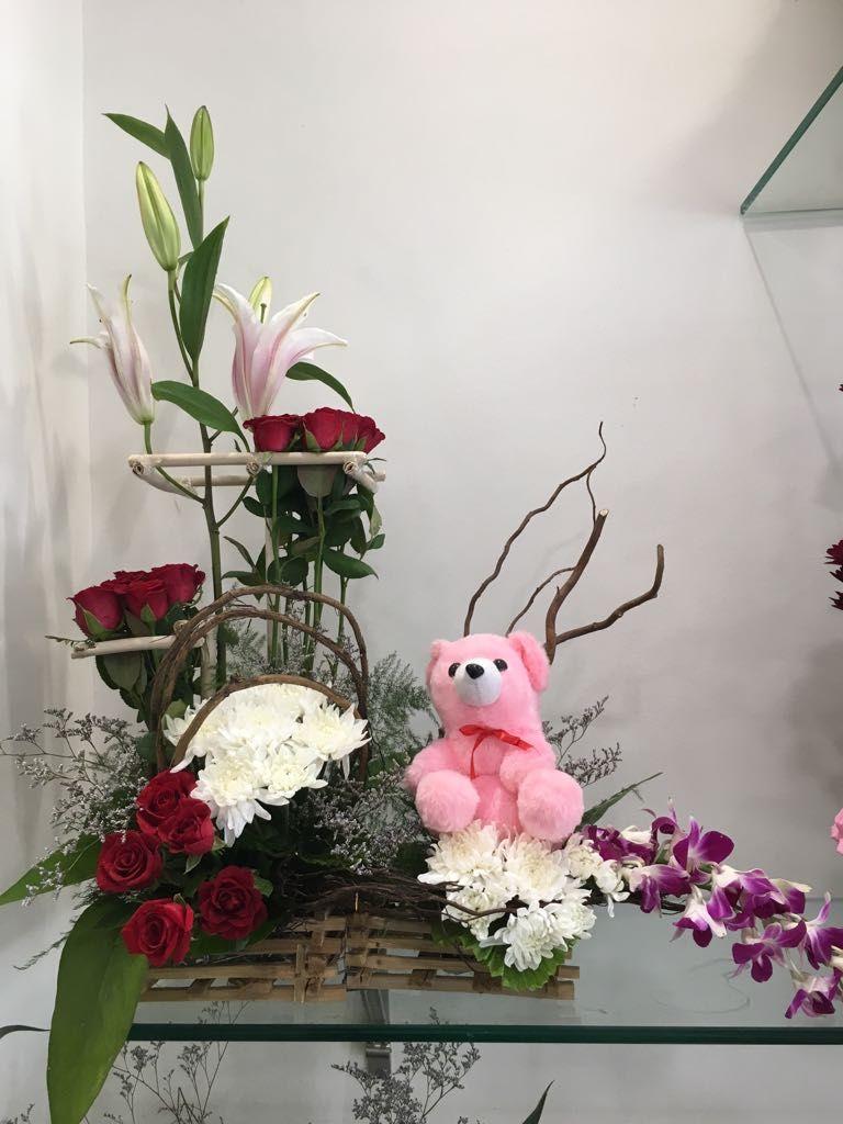Send birthday flowers online in pune with same day delivery visit flower send birthday izmirmasajfo