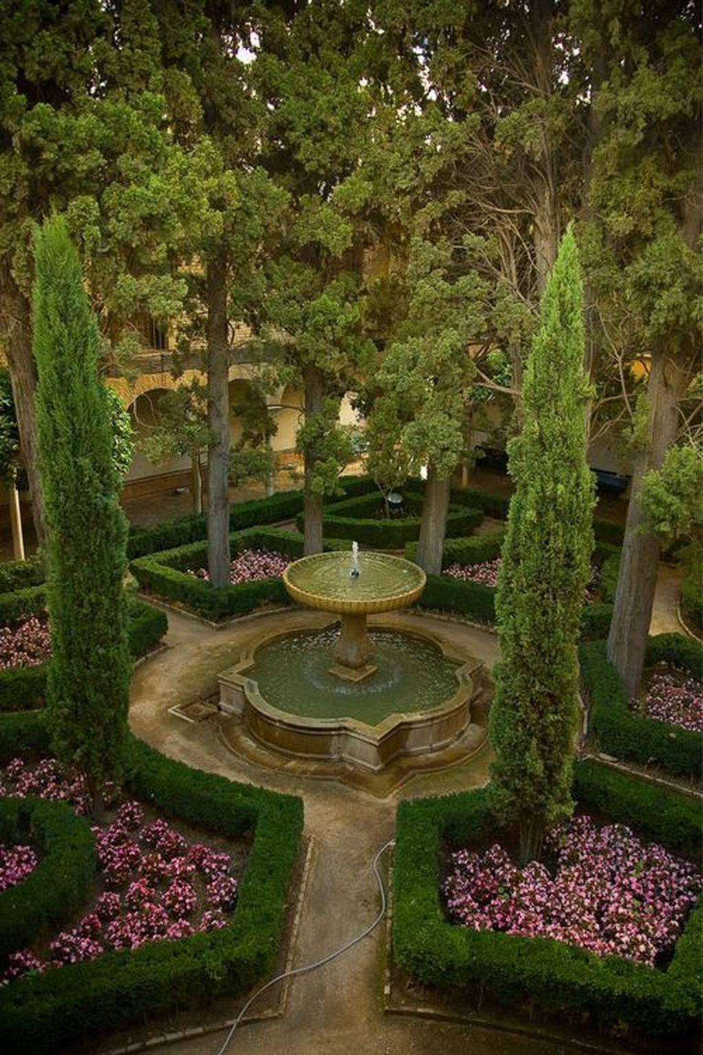 32 Affordable Small Front Garden Design Ideas With Fountain To Try Rose Garden Design Small Front Gardens Garden Design