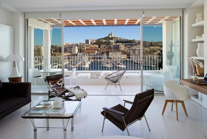 Vieux Port Holiday Apartment Rentals   Marseille   Terrasse Du Port .