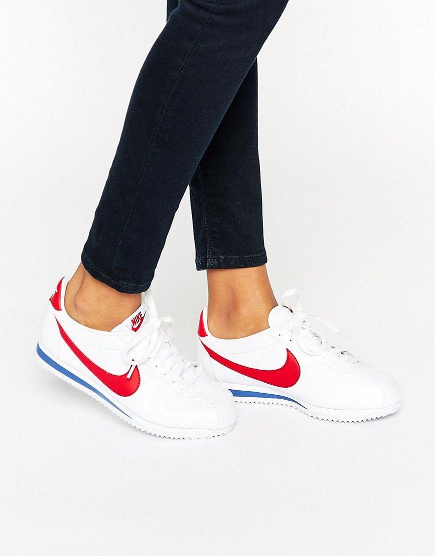 sale retailer 4912f 7a5fd Zapatillas de deporte clásicas de cuero en blanco y rojo Cortez de Nike.  Zapatillas de deporte de Nike, Exterior de cuero, Cierre de cordones, ...