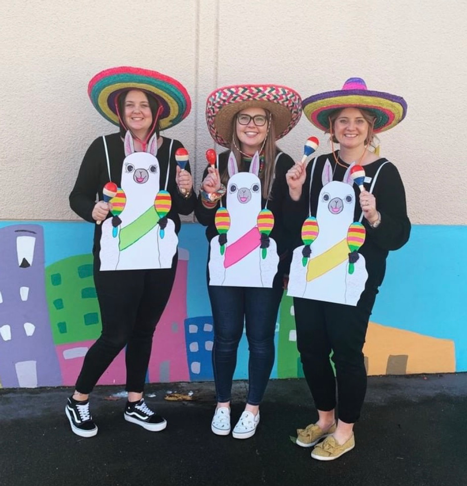 Easy Book Week Costumes For Teachers Book Week Costume Childrens Book Character Costumes Storybook Character Costumes