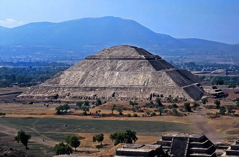 8 Largest Pyramids in the World Largest pyramid, Amazing