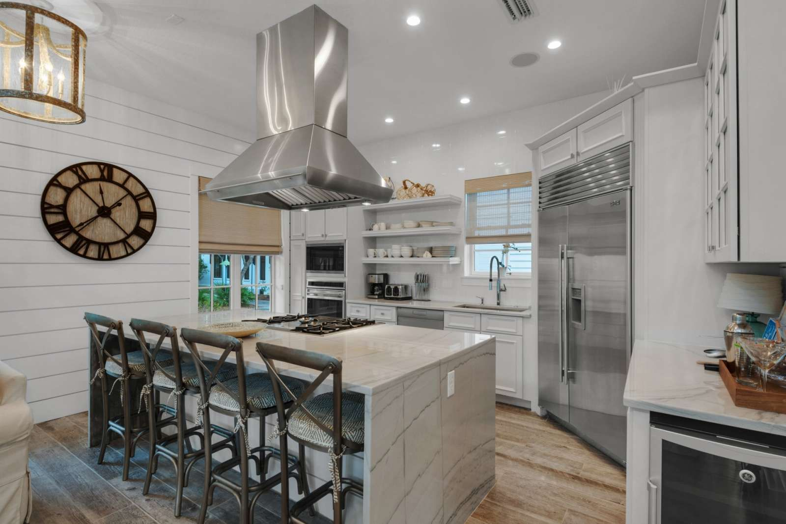 Panama City Beach Vacation Rental Newly Updated Luxurious Rosemary Beach Home 2 Master Suites Walk To Ros Small Kitchen Decor Kitchen Decor Small Kitchen
