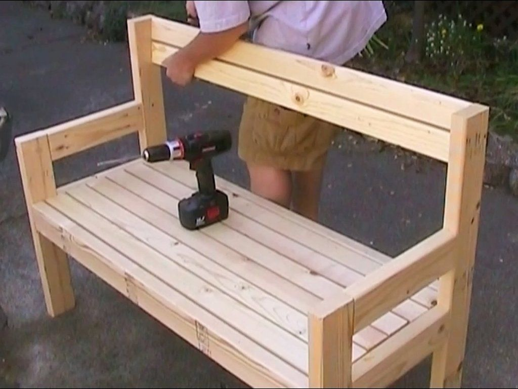 Sillas de madera para jardin buscar con google ideas for Muebles sillas madera