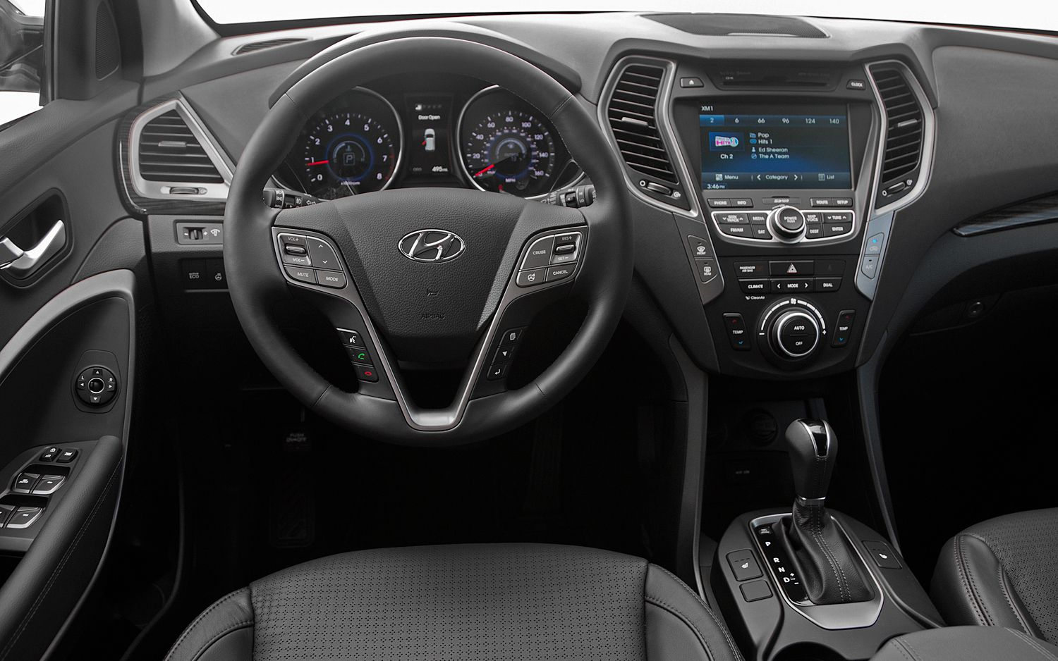 2013hyundaisantafesportcockpit.jpg (1500×938) (With