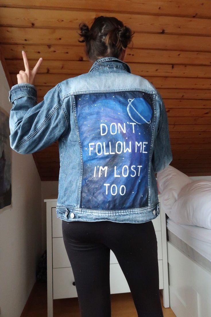 Handpainted jeans jacket now available in my Etsy shop  diese handbemalt#nailsaddict #nail2inspire #nailsofinstagram #nailpro #nails4today #styles #longhairstyles #locstyles #kidshairstyles #outfitsociety #outfitstyle #braidedhairstyles #crochethairstyles #garden_styles #gardenwedding