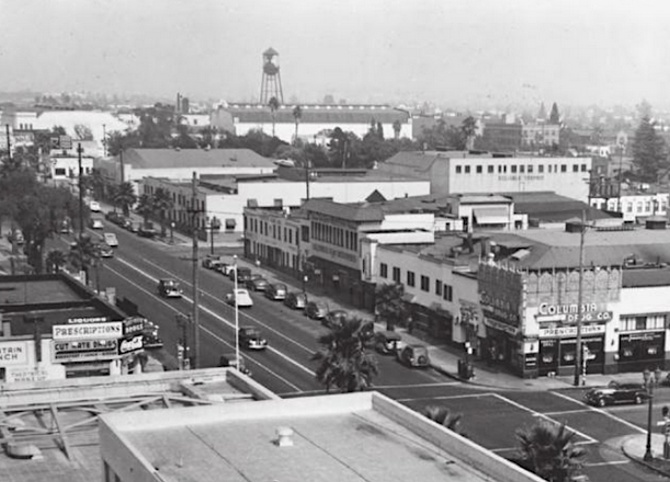 Columbia Studios At The Corner Of Sunset Blvd And Gower St Los Angeles 1939 Los Angeles How To Take Photos Hollywood Studios
